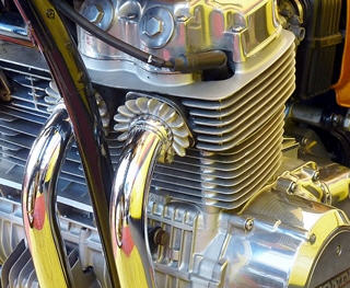 top view of Honda 750 engine